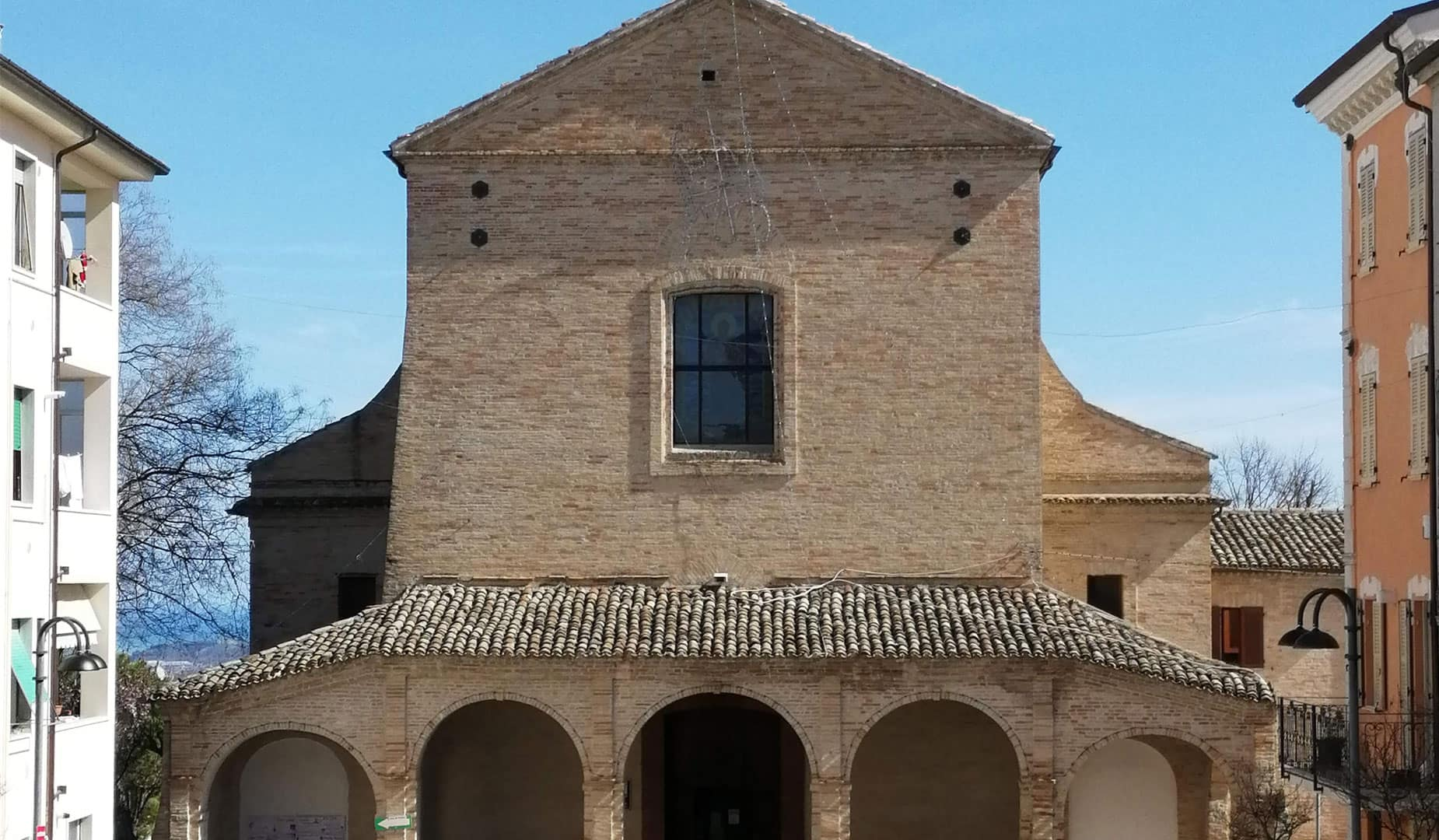 facciata chiesa san serafino