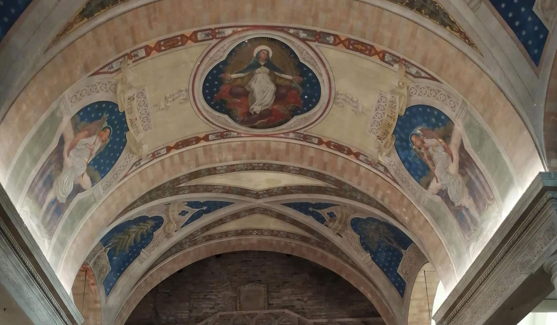 affreschi chiesa torre di palme