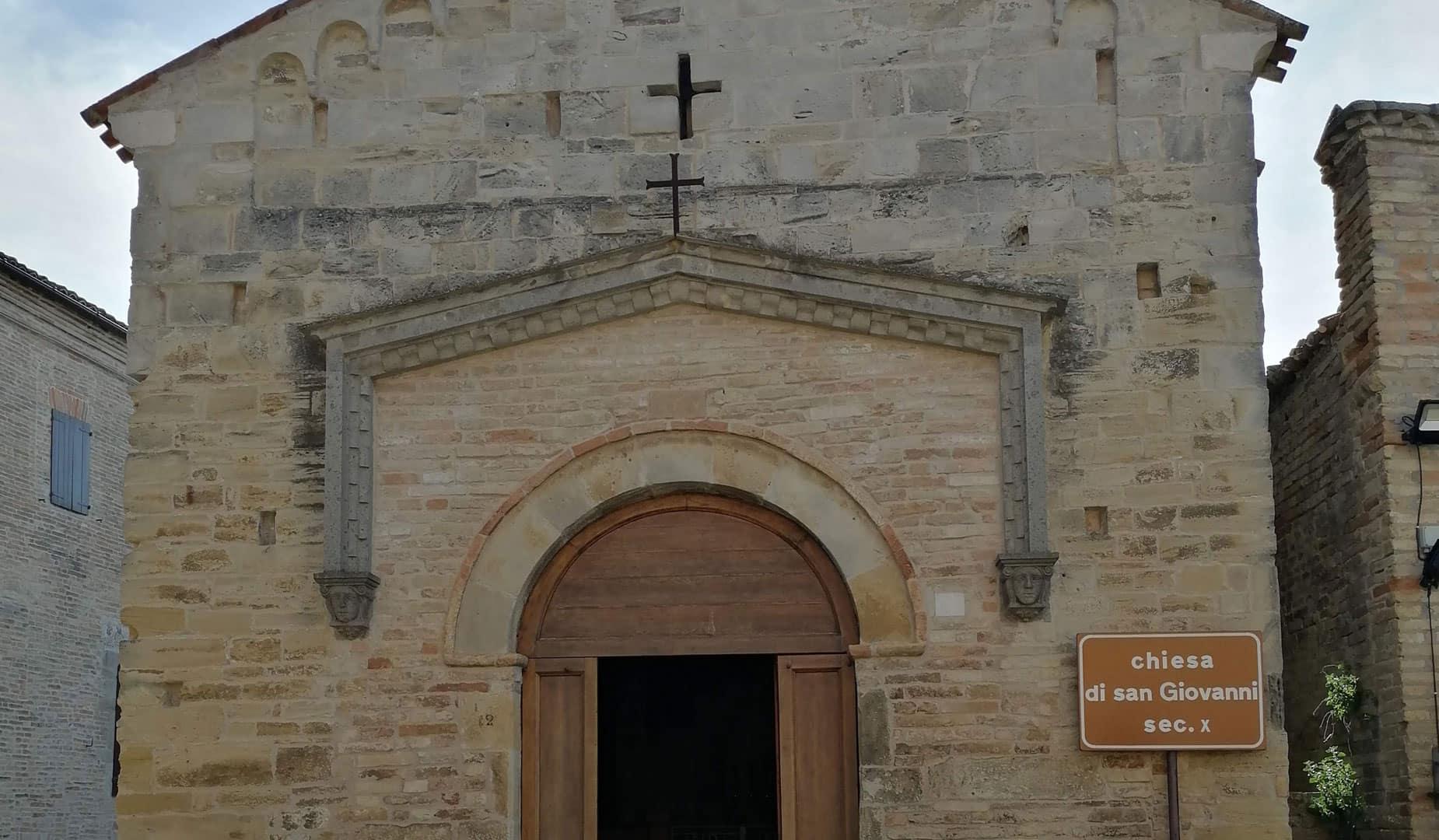 porta chiesa torre di palme